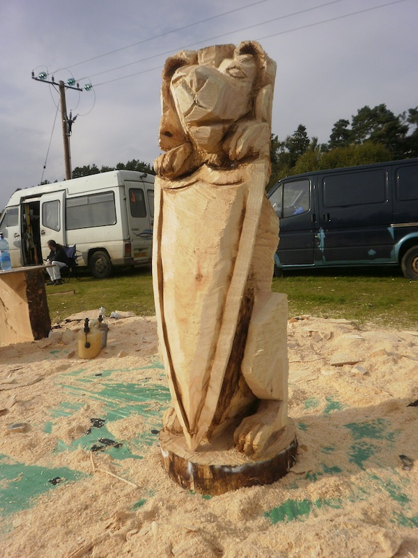 Denius parson chainsaw sculpture